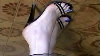 My Bare and in Tights long blue Toes!!!!!