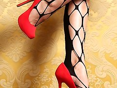 Stunning Audrey in foot have fun