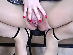 Long-legged cutie gets to hot foot tease in hardly there hose pipe and open toe shoes