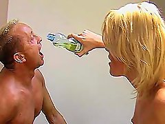 Blond Mistress Petra and pee slave