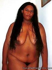 Amateur BBW black girl gets naked