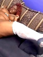 Sexy black BBW pussy gets licked