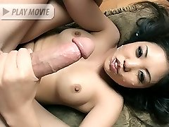 Asian babe Kaiya Lynn spreading her pussy lips for a big cock and enjoying a facial