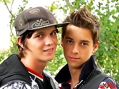 Teen Boy Couple outdoor action