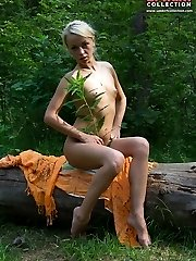 Absolutely nude girls fool outdoor