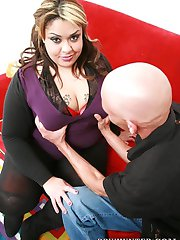 Upcoming BBW model with a huge ass Tasha Starzz fucking and sucking her way to stardom