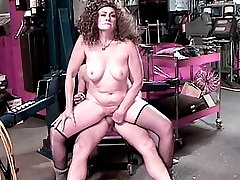 Fatty mture pumping her pussy full of cock