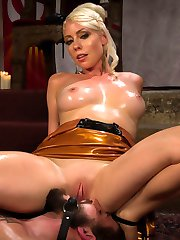 Lorelei Lee is the epitome of the Divine Goddess. Dripping from head to toe in latex she teases...