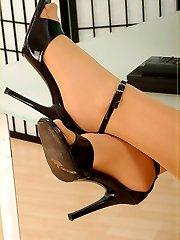Celina the sexy pantyhose secretary