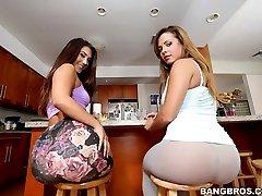 Keisha Grey Eva Lovia. I promise your gonna love watchin these phat ass ladies work.