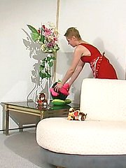 Appalling mature housewife spicing things up getting hard bonus in her muff