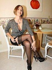 20 Pics- My Cute Wife in Lingerie