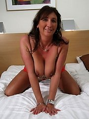 Kinky mature slut playing with her pussy