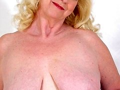 big titted older women plumper posing nude