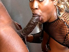 Reniya is one horny black milf with one thing in mind at all