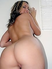 Smiling young blone has her round ass licked before a fucking