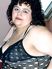 Naughty BBW Gaborne goes for a hot solo and screws a huge sextoy in her plump cooter in this...