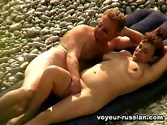 Nudism sex movies with aplump beach hottie eaten out by her hard-working lover