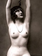 Several nude vintage ladies