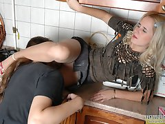 Upskirt chick in nylons getting her yummy pussy licked right in the kitchen