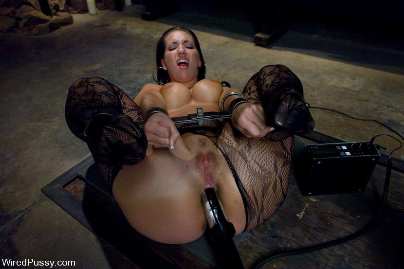 Big Booty Latina Orgasm Bbc