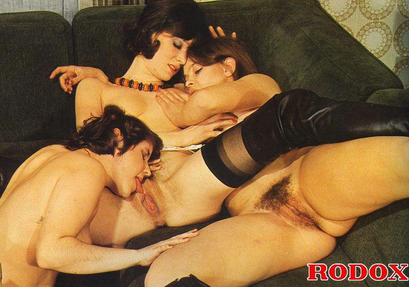 Hairy Lesbian Threesome