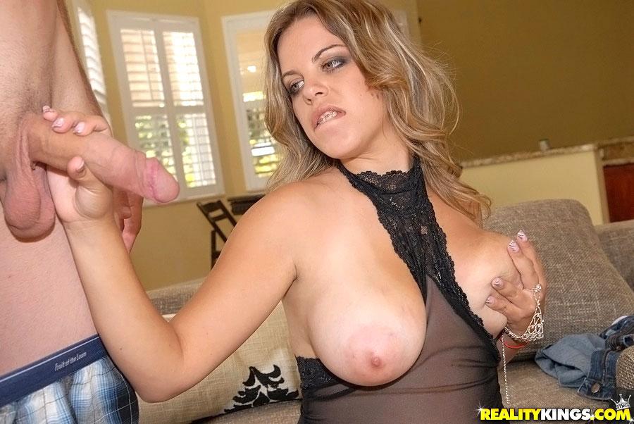 Big Tit Amateur Masturbation
