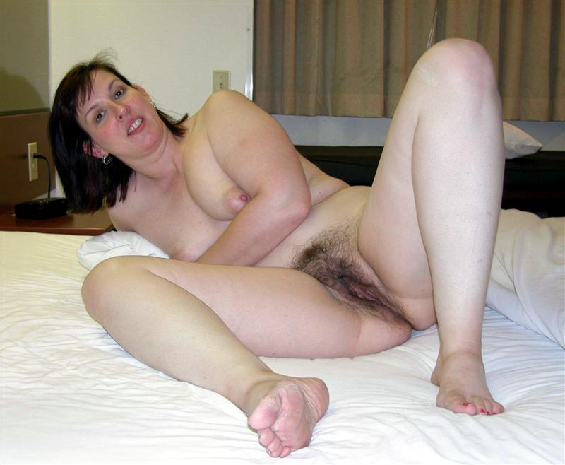 Amateur Hairy Wife Creampie
