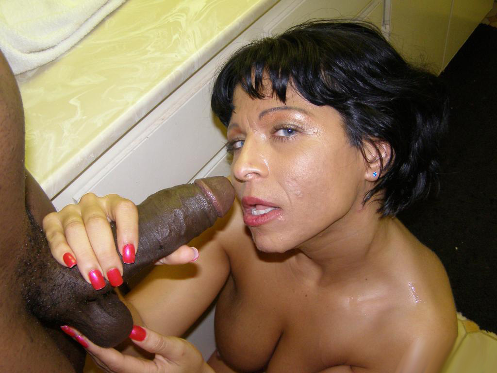 Big Black Girl Sucking Dick