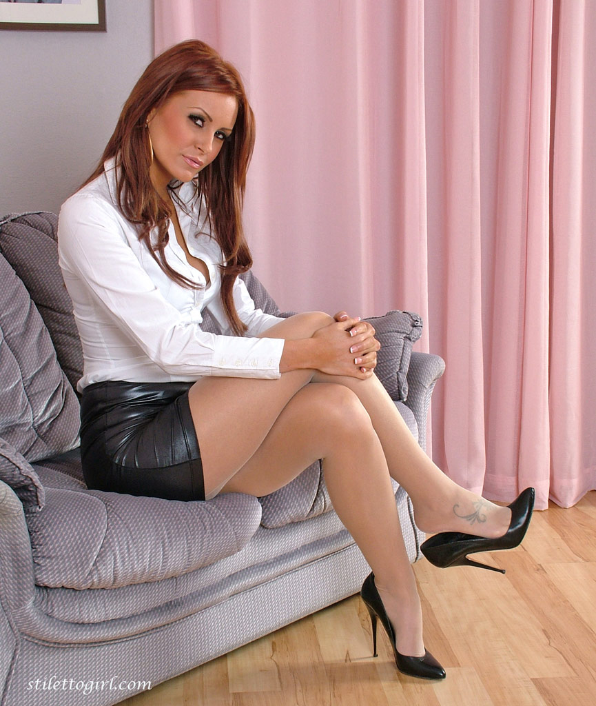 Think, horny sluts on high heels very good
