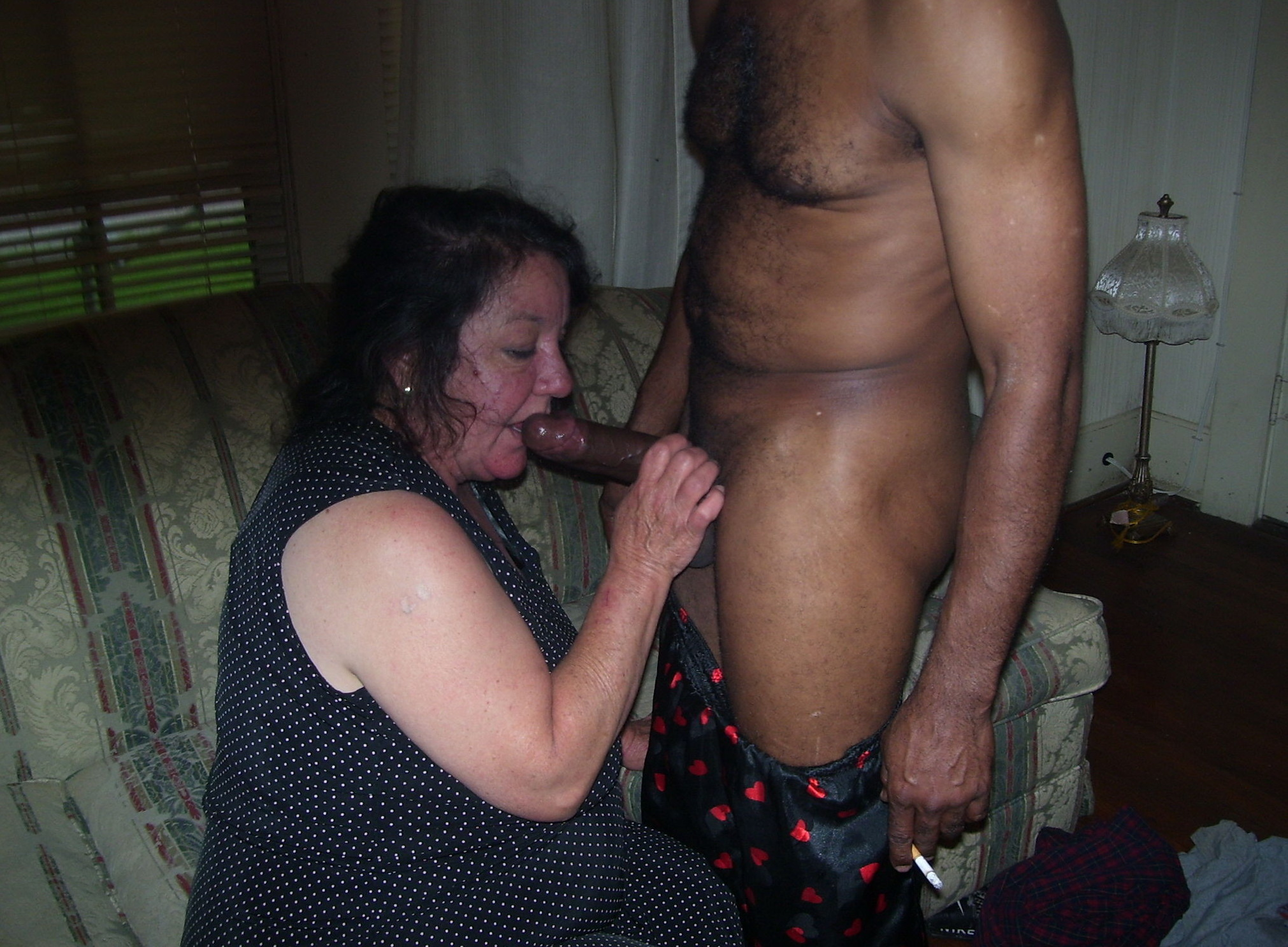 Amateur Testing Sex Machine