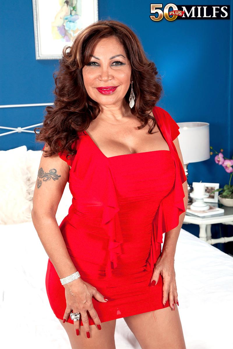 Latina Backshots Big Dick
