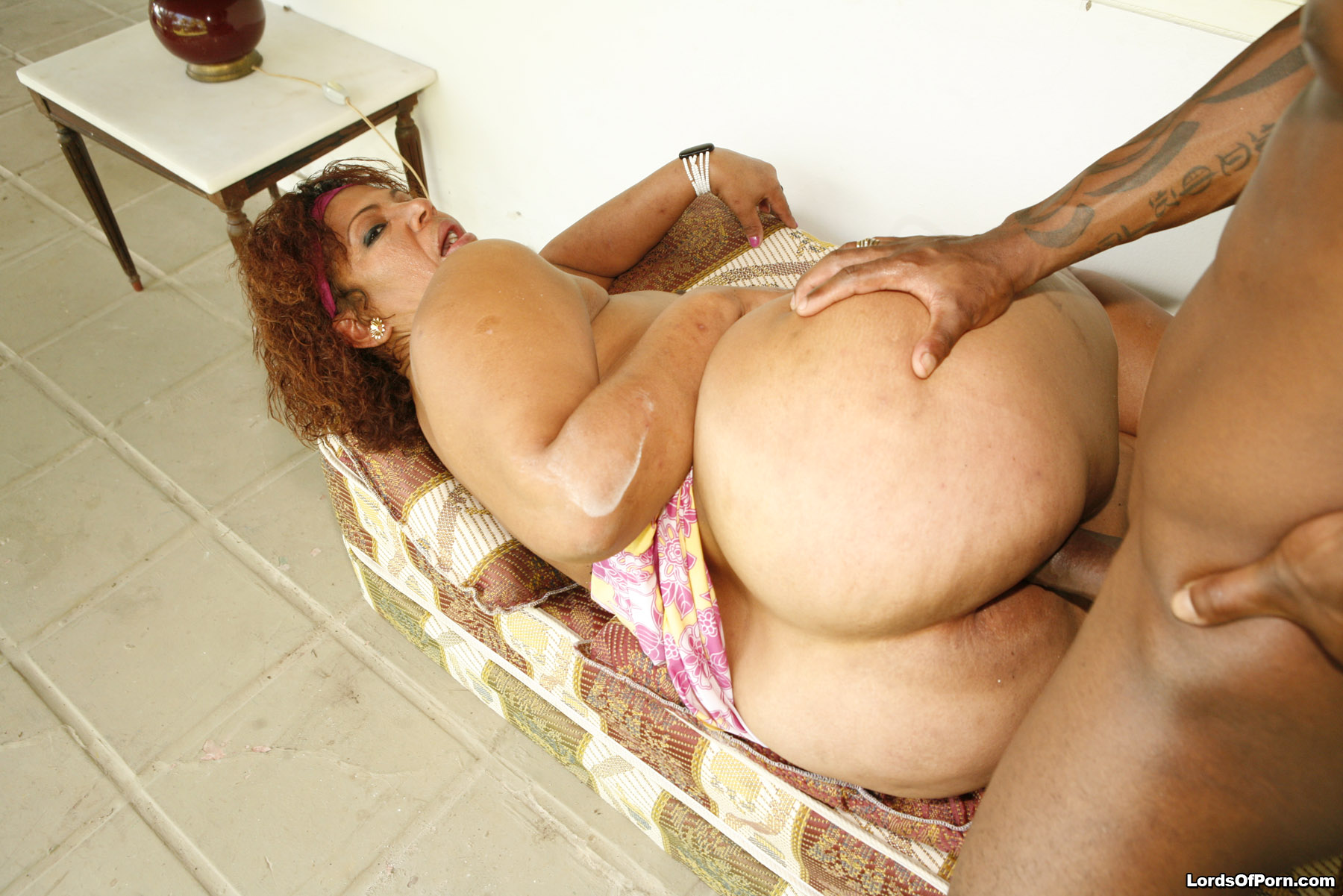 Bbw Huge Ass Riding Dildo