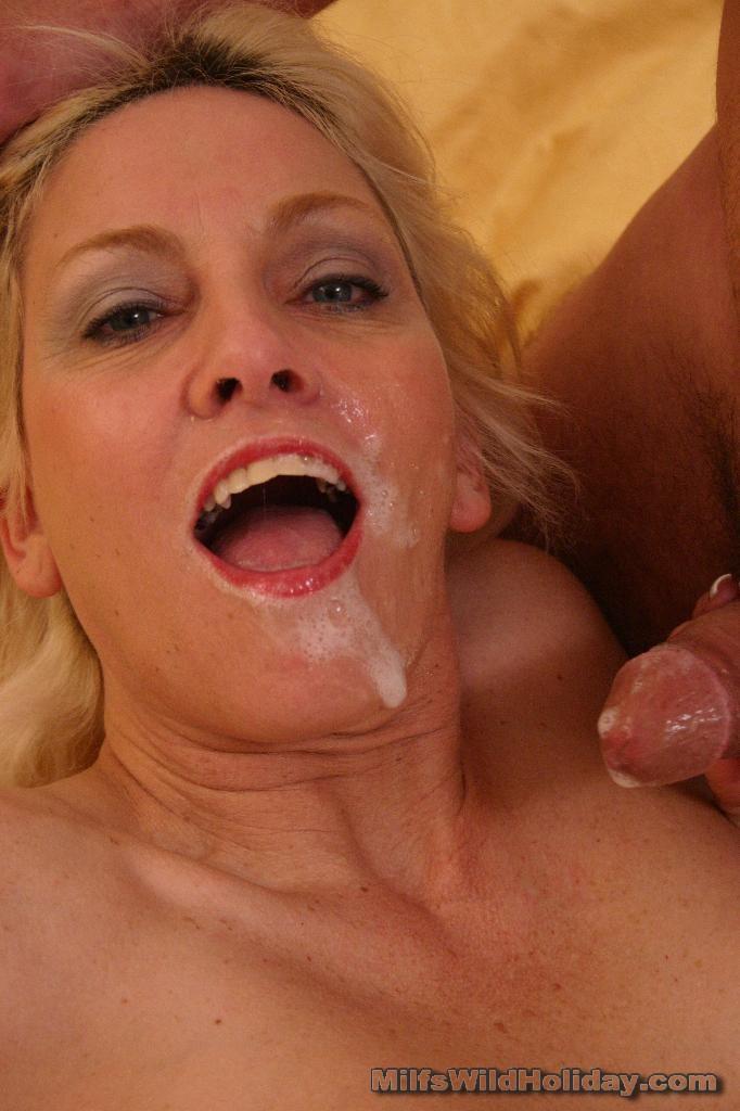 Mature Loves Cock Her Mouth