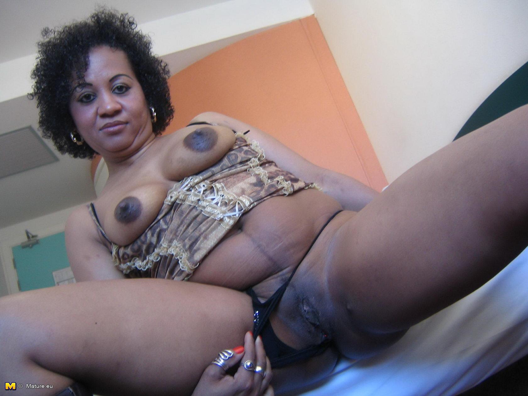 Ebony Pretty Pussy Play