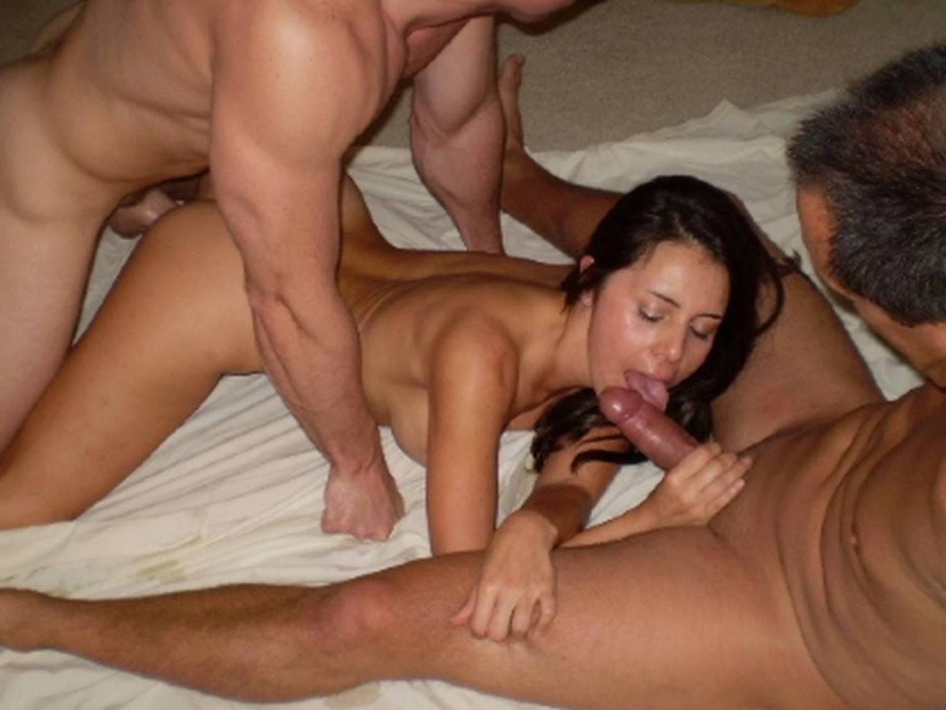 Teen Amateur Threesome Webcam