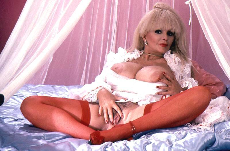 are british mature lady sonia sexy striptease excited too