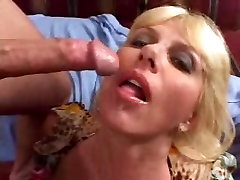 Just something about this hq porn taciz dayama titted, trashy, blonde MILF