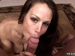 Bustybrunette mature sticks his dick in her wet vagina