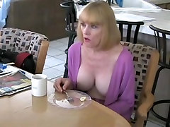 Seksi mamo in srečo, ne sin