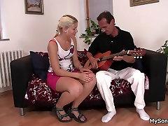 Petmine blond ratsutamine sexy talking voice urdu download suur kukk