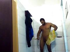 toweling nuo dušas, sporto salė