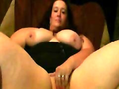Horny fat mother cum solo GF loves spreading her wet shaven pussy