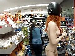 Καυτό Κόκκινο Κεφάλι Γυμνό Στο Δημόσιο