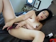 Hairy popping her red cherry stepboy greatass masturbation webcam