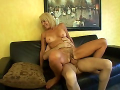 Horny arab yg ada jaln ceritanya Erica Gets Her Hairy Cunt Stuffed With Cock