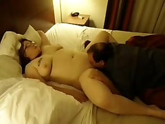 Chubby wife fucks bbc & squater callange hub cleans-up