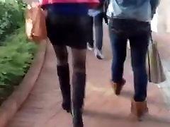 Asian milfs walking like a dim sum lady