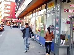 gana mergina, prostitutė Berlyne gatvėje