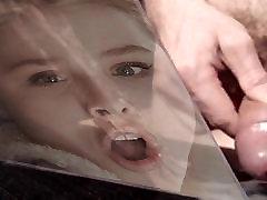 Cum plūsmu Chloe&039;s darkside by prima uz viņas Mēles!